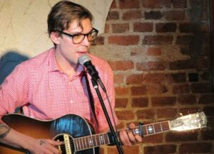 Country Singer-Songwriter Justin Townes Earle, Son Of Steve Earle, Dies At 38
