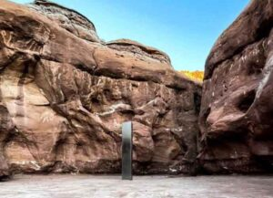 10-Foot Monolith Found In Utah Park Then Disappears Just Days Later
