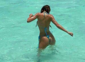 Kendall Jenner Shines In A Tiny Turquoise Bikini In Tahiti
