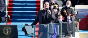WASHINGTON, DC - JANUARY 20: Garth Brooks performs at the inauguration of U.S. President Joe Biden on the West Front of the U.S. Capitol on January 20, 2021 in Washington, DC. During today's inauguration ceremony Joe Biden becomes the 46th president of the United States. (Photo by Rob Carr/Getty Images)