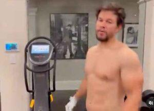 Mark Wahlberg shirtless (Image: Instagram)