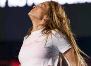 Jennifer Lopez Recalls Last Year's Super Bowl Performance With Unseen Video (Photo: Instagram)
