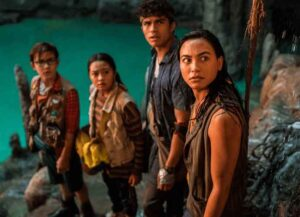 VIDEO EXCLUSIVE: 'Finding 'Ohana' StarsKelly Hu &Kea Peahu Explain Why Hawaiians Love Spam! (Image: Netflix)