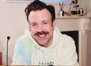 Why Jason Sudeikis Wore A Tie-Dyed Hoodie At 2021 Golden Globes (Image: NBC)
