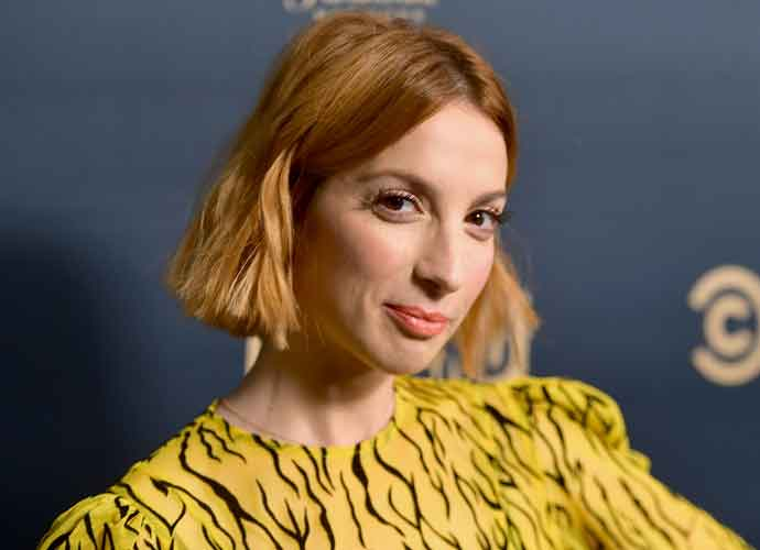 VIDEO EXCLUSIVE: Molly Bernard Reveals Secrets From 'Younger' Series Finale