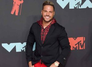 NEWARK, NEW JERSEY - AUGUST 26: Ronnie Ortiz-Magro attends the 2019 MTV Video Music Awards at Prudential Center on August 26, 2019 in Newark, New Jersey. (Photo by Jamie McCarthy/Getty Images for MTV)