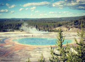 Yellowstone National Park (Image: Erik Meers)