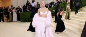 NEW YORK, NEW YORK - SEPTEMBER 13: Kate Hudson attends The 2021 Met Gala Celebrating In America: A Lexicon Of Fashion at Metropolitan Museum of Art on September 13, 2021 in New York City. (Photo by Theo Wargo/Getty Images)