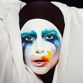 Lady Gaga 'Trying To Make It Work' With Boyfriend Taylor Kinney