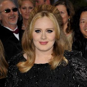 Adele Delivers Smashing 'Skyfall' Performance, Wins Oscar