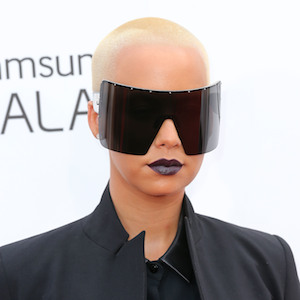 Amber Rose Rocks Massive Sunglasses On Billboard Music Awards Red Carpet