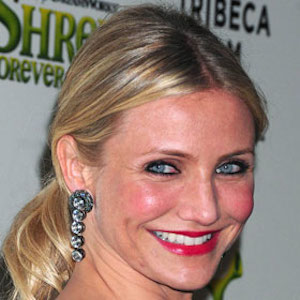 Cameron Diaz Wears Diamond Ring, Sparks Engagement Rumors With Benji Madden