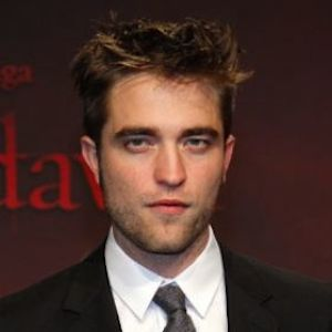 Robert Pattinson Spotted Holding Hands With FKA Twigs