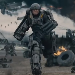 'Edge Of Tomorrow': How Tom Cruise And Emily Blunt Adjusted To The 85 Pound Suits