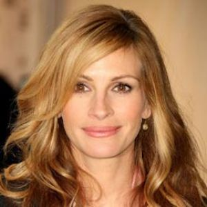 Julia Roberts Opens Up About Death Of Half-Sister Nancy Motes, Talks Life Outside The Movies