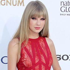 Billboard Music Awards: Taylor Swift Wins Big, Justin Bieber Booed