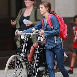 Keri Russell Rides Bicycle For Errand Outing