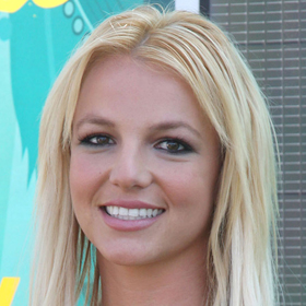 VIDEO: Britney Spears Performs On 'GMA,' Announces Tour With Enrique Iglesias