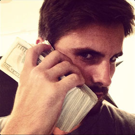 Scott Disick Instagrams Pictures Of Hundred Dollar BIlls As Toilet Paper