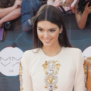 Kendall Jenner To Star In 'Fifty Shades Of Grey' Sequel?