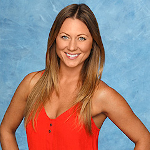 'The Bachelor' Star Renee Oteri Expecting With New Husband