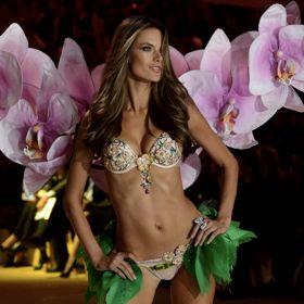 Alessandra Ambrosio Debuts Fantasy Bra At Victoria's Secret Fashion Show 2012