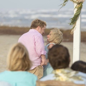 Jen Arnold And Bill Klein Renew Vows On 'The Little Couple'