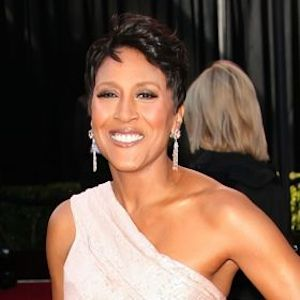Robin Roberts Comes Out As Gay