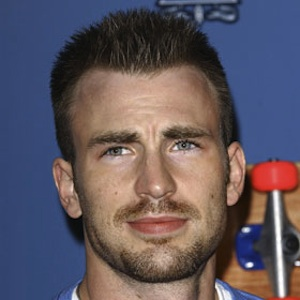 Chris Evans And Minka Kelly Split After One Year Of Dating