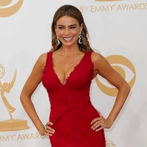 Sofia Vergara Twerks, Devours Cheeseburger & Dances With Jesse Tyler Ferguson's Husband At Emmy After Parties [PHOTOS]