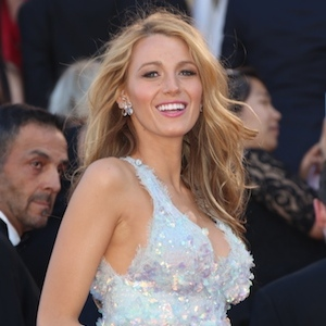Blake Lively Attacked By Swarm Of Bees On 27th Birthday