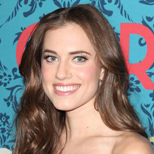 Allison Williams Tapped To Star In NBC's 'Peter Pan Live'