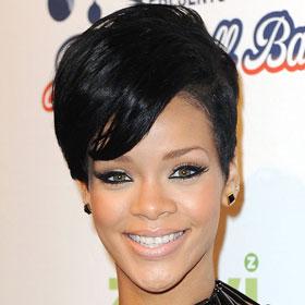 Rihanna Blows Kisses To Chris Brown At Court Hearing
