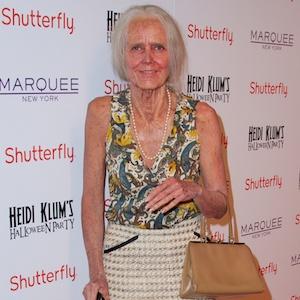 Heidi Klum Transforms Into An Old Woman For Annual Halloween Bash