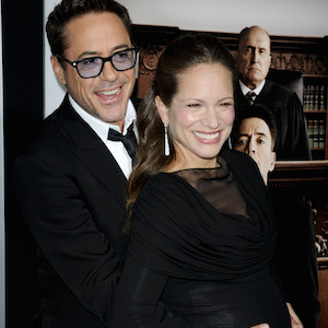 Robert Downey Jr. Poses With Pregnant Wife Susan At 'The Judge' Premiere