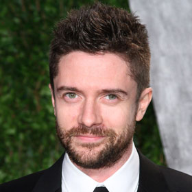 EXCLUSIVE: Topher Grace Says 'The Giant Mechanical Man' Is A 'Real' Independent Film