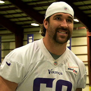 Jared Allen Signs Contract With Chicago Bears