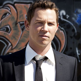 EXCLUSIVE: Shawn Hatosy On Benjamin McKenzie: 'He Scratched My Face'