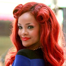Rihanna Admits To Oprah That She 'Still Loves' Chris Brown