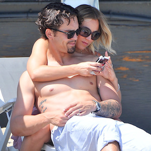 Kaley Cuoco & Ryan Sweeting Cuddle On The Beach During Memorial Day Party