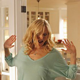 'Trophy Wife' Pilot Review: Malin Akerman Shines In A New Take On An Old Premise