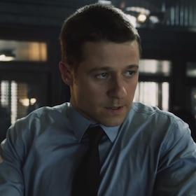 'Gotham' Pilot Review: Villains Abound In James Gordon Origin Tale