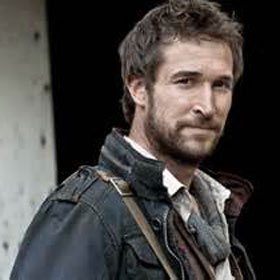 Noah Wyle Reveals Whether 'Falling Skies' Made Him Believe In Aliens
